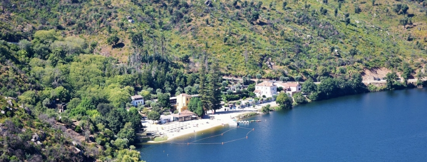 Alamal Beach on the Tagus with footbridges and nic epoint of view