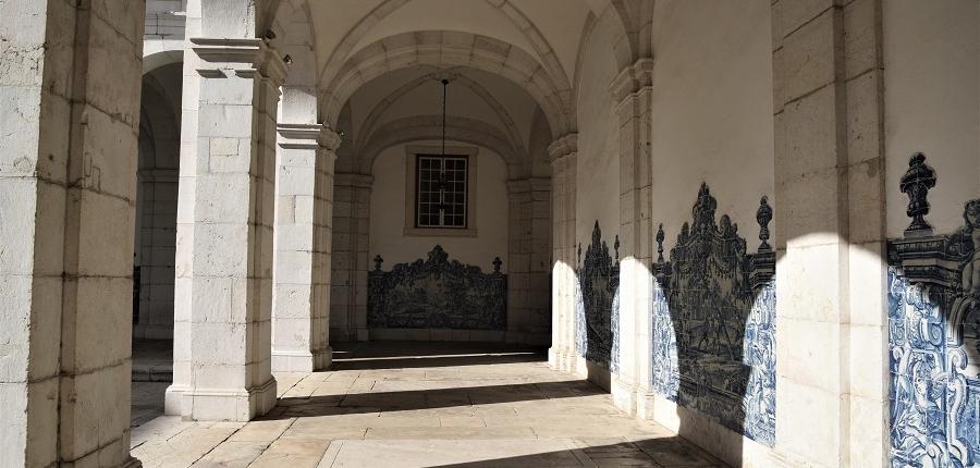 le monastère de St Vincent hors les murs de Lisbonne
