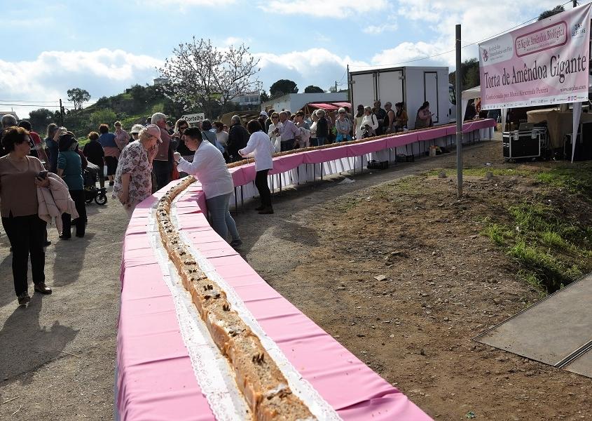 Alta Mora en Algarve un roulé aux amandes de 40 métres d elong